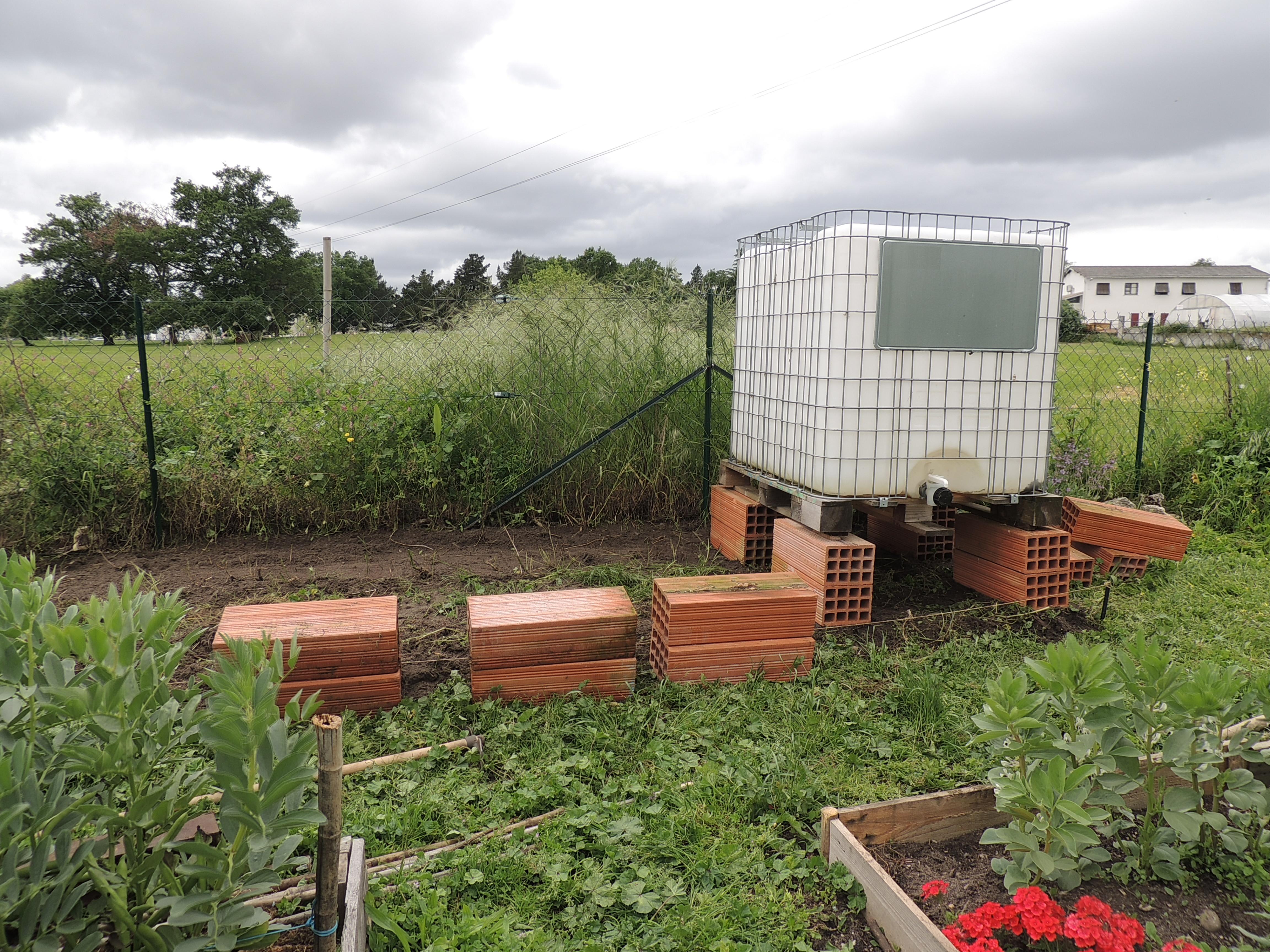 Arrosage de jardin automatique 21444 jardin id es for Arrosage automatique jardin